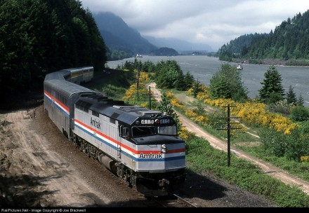 Pioneer at Cascade Locks, OR, 1991. Copyright Joe Blackwell. Used by permission.